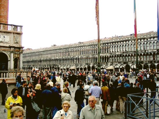 Piazza San Marco am Tag