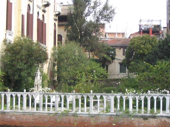 Garten in Venedig 6