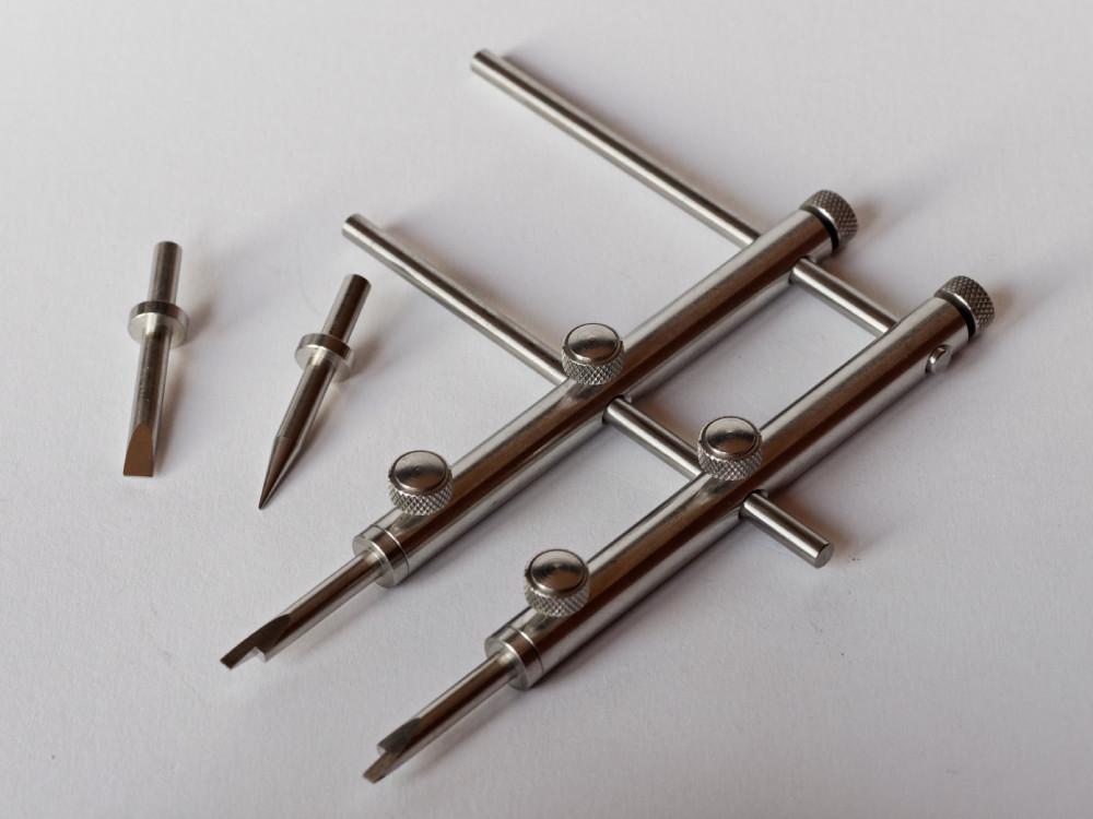 Einstellbarer Stahlvierkantspannschlüssel zur Objektivdemontage